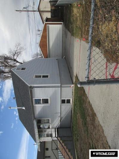 Multi Family Home For Sale: 744 N Lincoln
