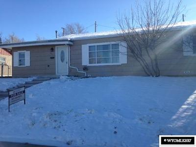 Casper Single Family Home For Sale: 321 S Nebraska