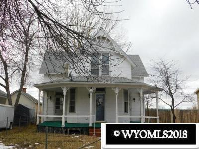 Douglas Single Family Home For Sale: 318 S 3rd