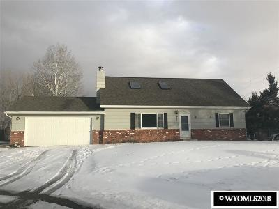 Buffalo Single Family Home For Sale: 611 Sourdough
