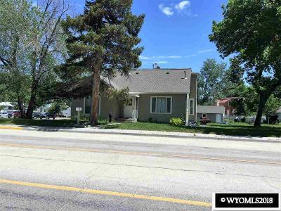 Buffalo Single Family Home For Sale: 311 S Main