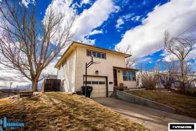 Casper, Evansville, Bar Nunn, Glenrock, Douglas, Midwest, Alcova Single Family Home For Sale: 1444 Bonnie Brae