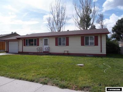 Casper WY Single Family Home For Sale: $164,400