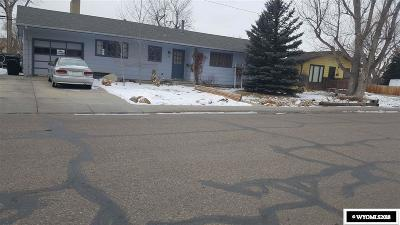 Casper WY Single Family Home For Sale: $146,000