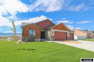 Casper WY Single Family Home For Sale: $386,900