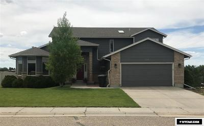 Casper WY Single Family Home For Sale: $329,000
