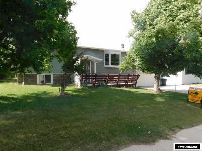 Casper Single Family Home For Sale: 44 Marigold