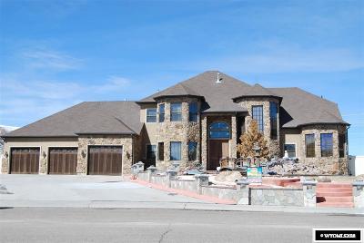Rock Springs Single Family Home For Sale: 2725 Thunder Gultch Lane