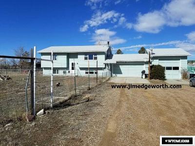 Glenrock Single Family Home For Sale: 31 N Badger
