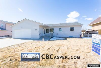 Casper Single Family Home For Sale: 540 Long