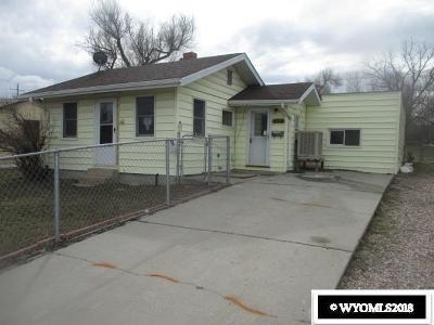 Casper WY Single Family Home For Sale: $123,000