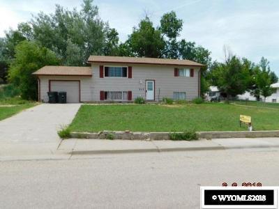 Glenrock Single Family Home For Sale: 733 S 4th