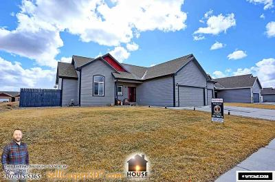 Casper, Evansville, Bar Nunn, Glenrock, Douglas, Midwest, Alcova Single Family Home For Sale: 1733 Zuni Trail