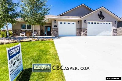 Casper Single Family Home For Sale: 946 Cheney Loop