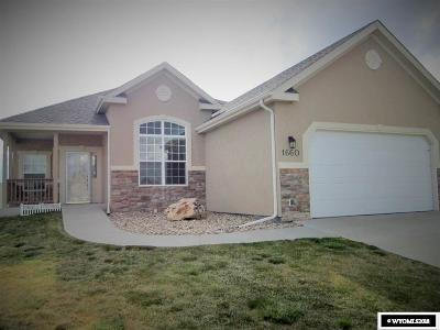 Casper WY Single Family Home For Sale: $369,900