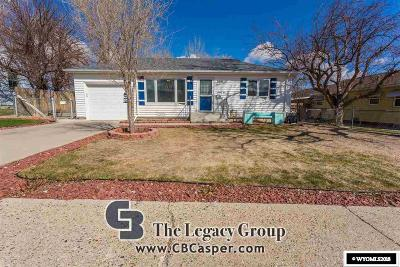 Casper WY Single Family Home For Sale: $163,000