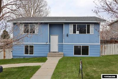 Casper WY Single Family Home For Sale: $159,900