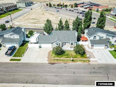 Green River Single Family Home For Sale: 115 Pheasant