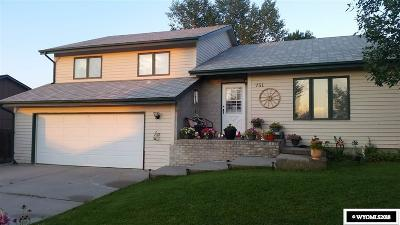 Casper Single Family Home For Sale: 751 Wind River