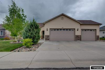 Casper Single Family Home Pending-Continue To Show: 6109 Coronado
