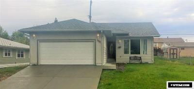 Casper Single Family Home For Sale: 1330 S Lowell