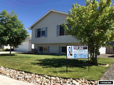 Bar Nunn Single Family Home Pending-Continue To Show: 2329 Absaroka