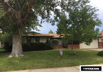Casper Single Family Home For Sale: 1204 Granada Ave