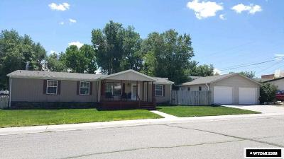 Glenrock Single Family Home For Sale: 203 W Deer