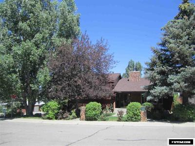 Rock Springs Single Family Home For Sale: 2001 Carson