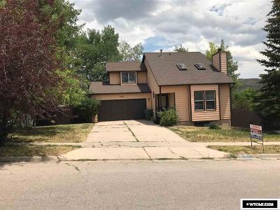 Evanston Single Family Home For Sale: 630 Herschler Ave.