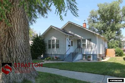 Single Family Home For Sale: 418 E 12th