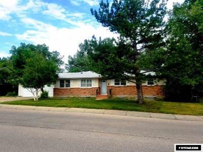 Casper WY Single Family Home For Sale: $270,000