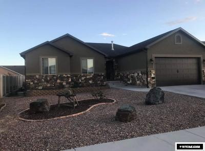 Rock Springs Single Family Home For Sale: 3300 Homestead