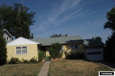 Casper Single Family Home For Sale: 330 S Pennsylvania