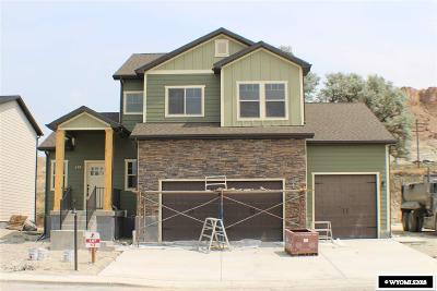 Green River Single Family Home For Sale: 670 Lynn Ct
