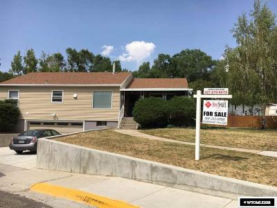 Green River Single Family Home For Sale: 411 N 8th West
