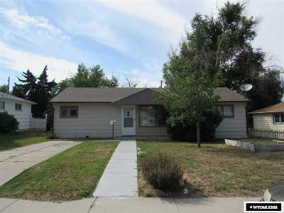 Casper Single Family Home Pending-Continue To Show: 160 N Iowa