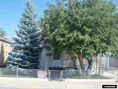 Rock Springs Single Family Home For Sale: 1033 Arapahoe