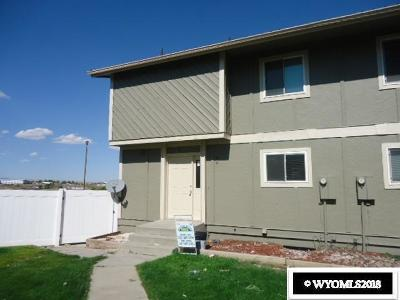 Rock Springs Single Family Home For Sale: 857 Moccasin Lane