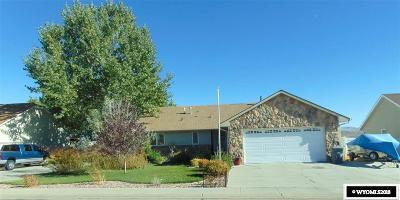 Rock Springs Single Family Home For Sale: 209 Bluebonnet Circle