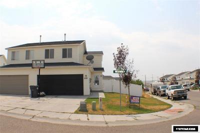Rock Springs Single Family Home For Sale: 2225 Westridge Dr