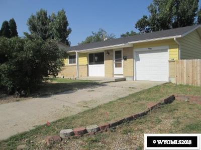 Casper Single Family Home For Sale: 1220 Glenaire Drive
