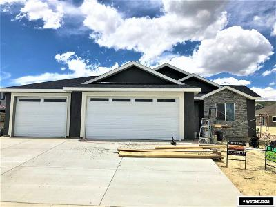 Rock Springs Single Family Home For Sale: 3728 Falcon