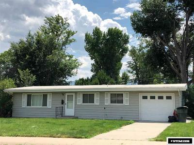 Casper WY Single Family Home For Sale: $142,000