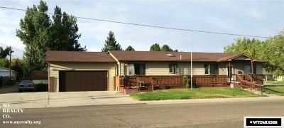 Douglas Single Family Home For Sale: 820 Birch
