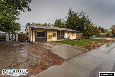 Casper Single Family Home For Sale: 2404 Desmet