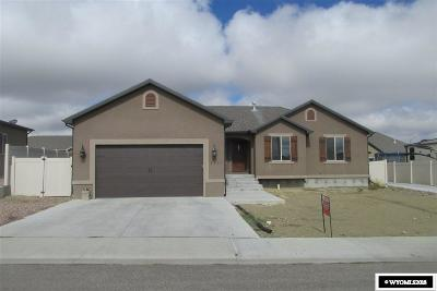 Rock Springs Single Family Home For Sale: 3401 Homestead