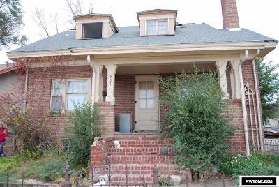 Rock Springs Single Family Home For Sale: 507 Bridger