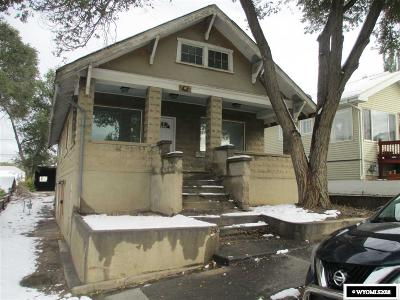 Rock Springs Single Family Home For Sale: 807 Massachusetts