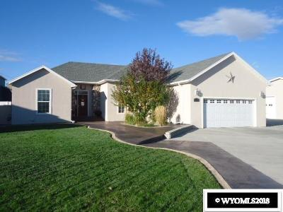 Rock Springs Single Family Home For Sale: 1117 Applewood